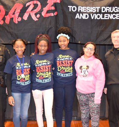 Deputy McNeill, Essay Winners: Aaliyah Bull, Jolie-Ann Cook, Nya Glenn, Tamia Sanders (overall winner), Sheriff Leon Lott, Guest Speaker.